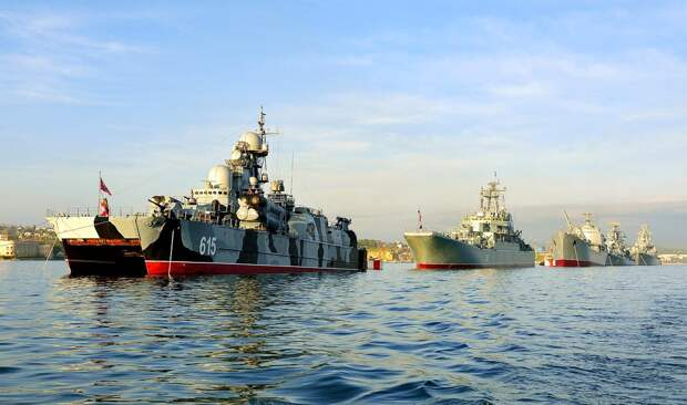 Николай Азаров: Украина и НАТО запрут Черноморский флот в Севастополе