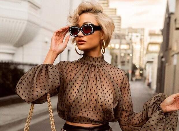 Какие блузки должны быть в гардеробе у модниц в 2021 году. Элегантность, нежность и оригинальность стали девизом этого сезона