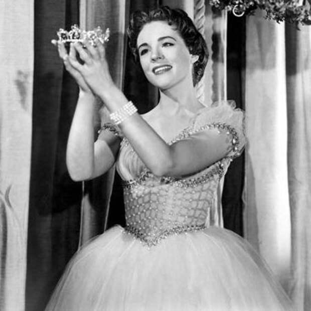 Джули Эндрюс в роли Золушки, 1957 год