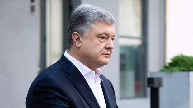 Порошенко поддержал решение СНБО о санкциях против Медведчука