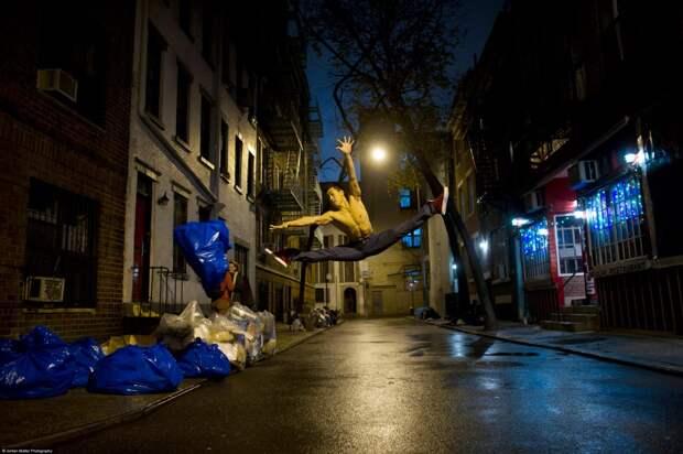 Dancers-Among-Us-Minetta-Lane-NYC-Alex-Wong