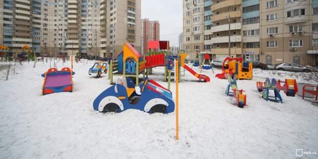 Детская площадка на Нарвской временно недоступна для игр