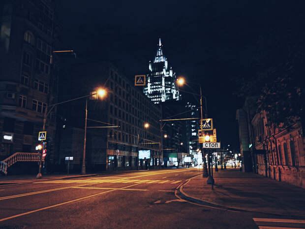 Night street  by Oleg Dogonov on 500px.com