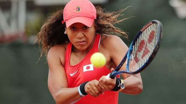 Осака снялась с турнира в Мельбурне. В финале Мертенс может сыграть с Александровой