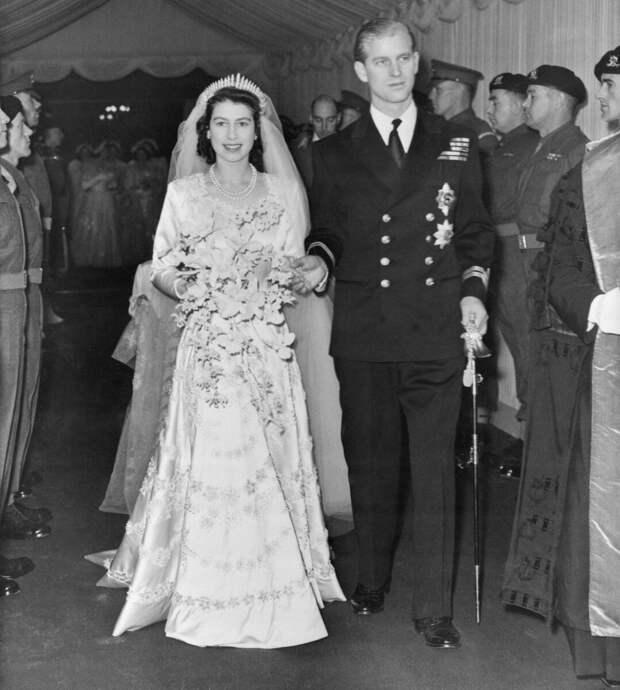 Королева Елизавета II и Принц Филипп. Была ли любовь?