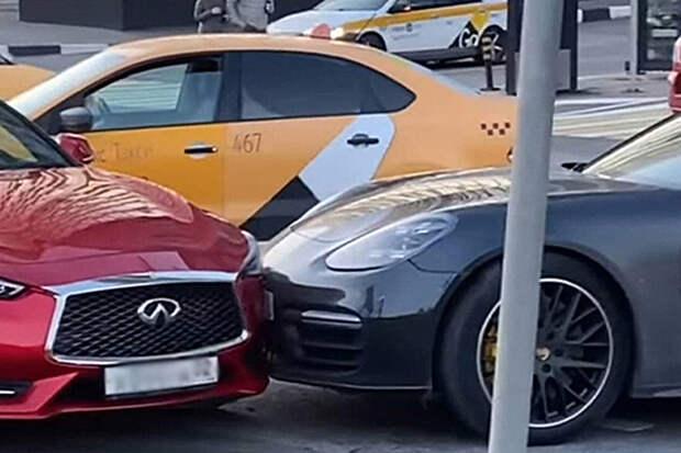 Lamborghini, Porsche и Infiniti столкнулись возле «Москва-сити»