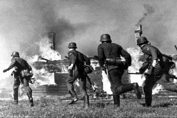 «Директива 21»: когда Гитлер изначально планировал напасть на СССР