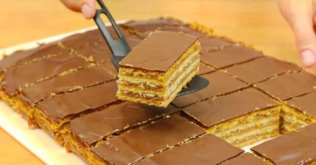 Даже столичный франт оживляется, пробуя венгерский пирог «Жербо» из рук хозяйки