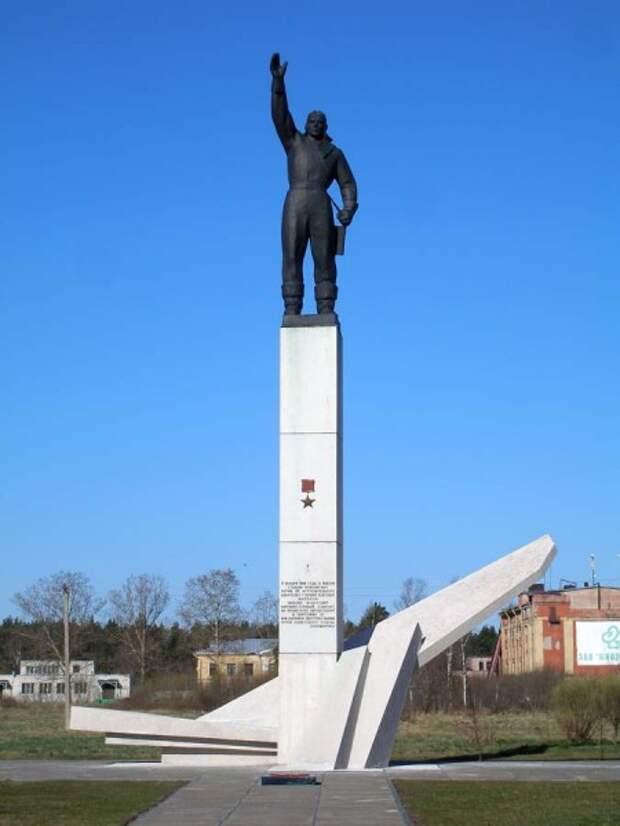 Памятник Михаилу Шаронову