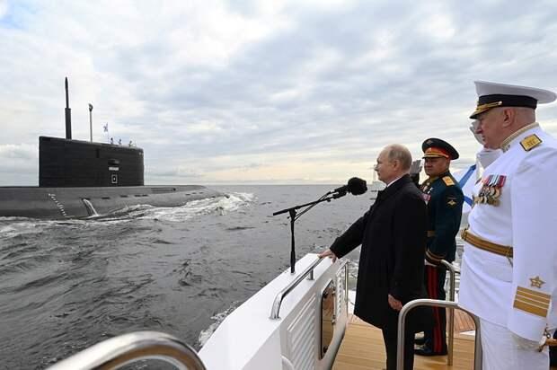 Владимир Путин: У ВМФ России есть всё для защиты родной страны