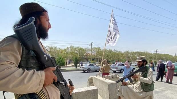«Иногда раздаются выстрелы»: корреспондент RT рассказал об обстановке в Кабуле