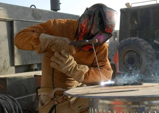 В Удмуртии сварщик получил серьезные ожоги во время работы