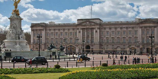 Королевская семья показала новое фото принцессы Шарлотты
