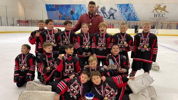 Ялтинские хоккеисты победили в соревнованиях «Южный лед»