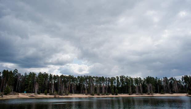 Переменная облачность и до плюс 13 градусов ожидается в Мытищах в четверг