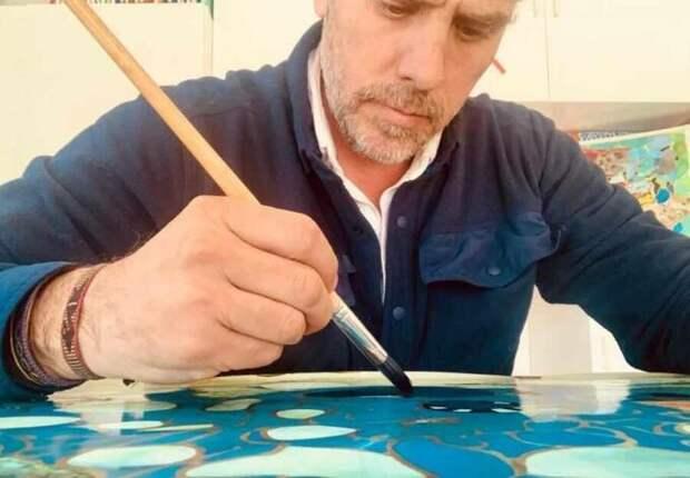 Голос Мордора: Как Хантер Байден великим художником стал