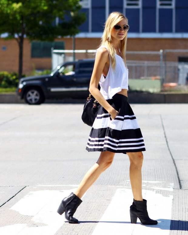 Как носить белую майку и выглядеть стильно: 5 простых комбинаций, которые все могут повторить