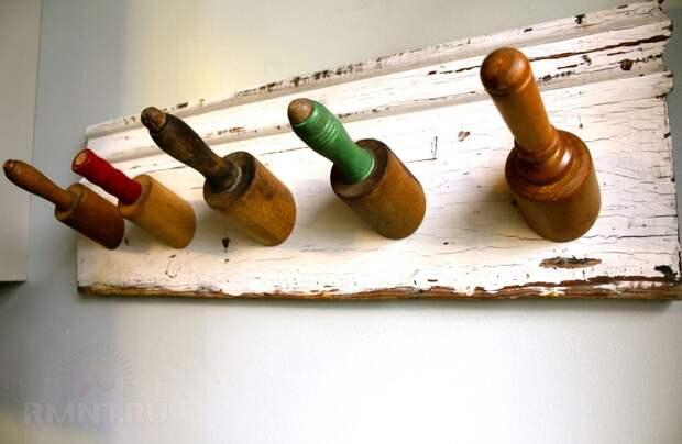 Полезные поделки из старой кухонной утвари