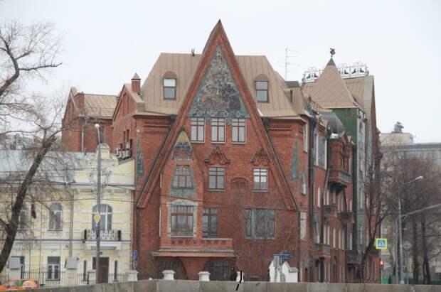 Сказочный дом-теремок в стиле модерн.