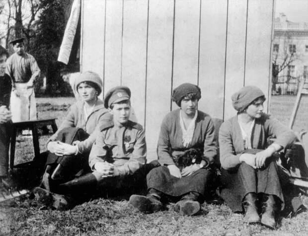 Александровский дворец 1917/2017 время, история, люди, прошлое, революция, событие