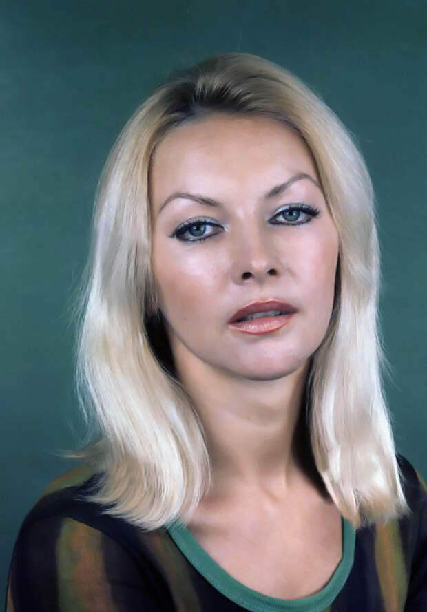 Подборка лучших фотографий Барбары Брыльской и ее мужей, детей