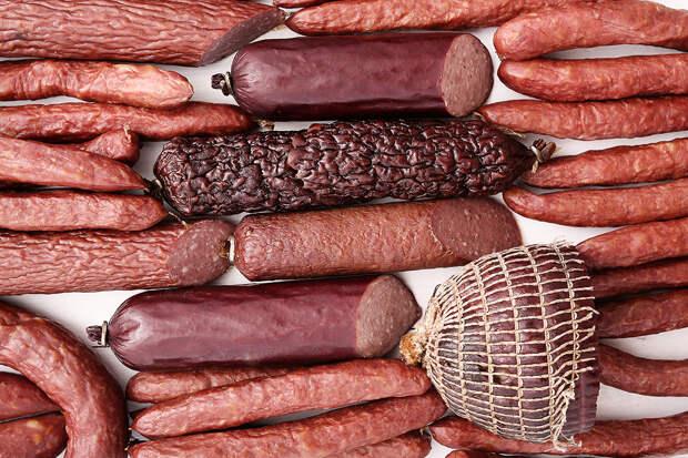 Медик предупредила о смертельной опасности колбасы