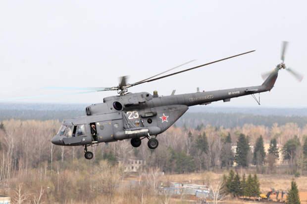 Вертолёт ВКС России совершил вынужденную посадку в Сирии