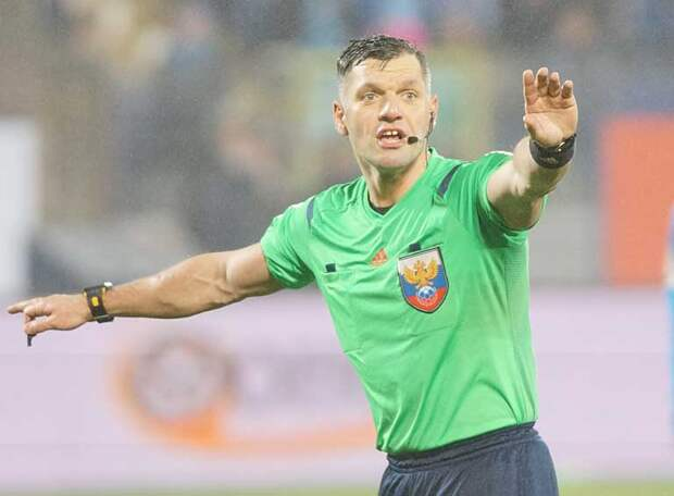 «Назначать пенальти в ворота «Ростова» не стоило…По новым правилам», - бывший арбитр Федотов снова жжет