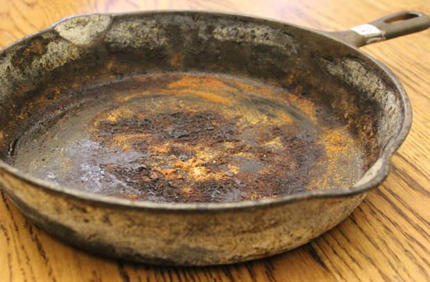 Как восстановить старую чугунную сковороду