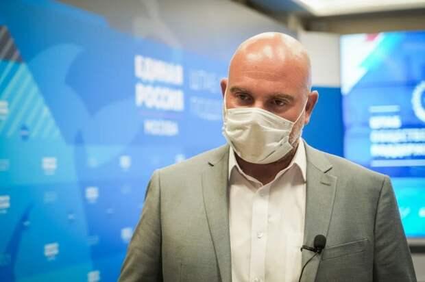 Тимофей Баженов отметил международное значение и большой потенциал развития ВДНХ. Автор фото: Максим Манюров