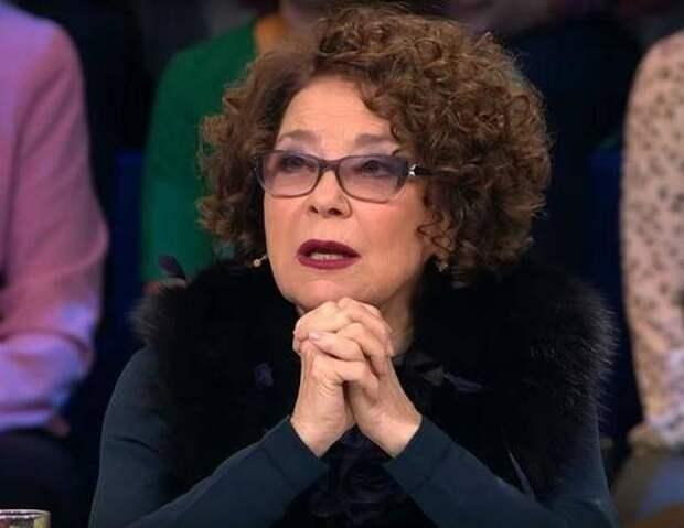 Актриса Лариса Голубкина попала в больницу