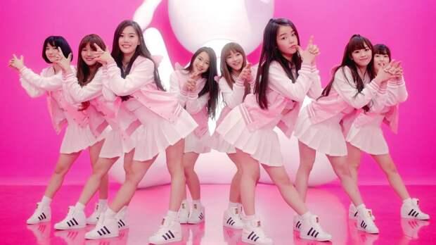 K-pop группа провела съемки клипа у избирательного участка в Петербурге