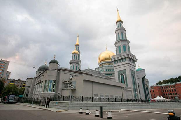Быть ли главной мечети Вооруженных сил РФ?