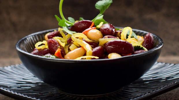 Рецепты от Маргариты Симоньян: Салат из белой фасоли