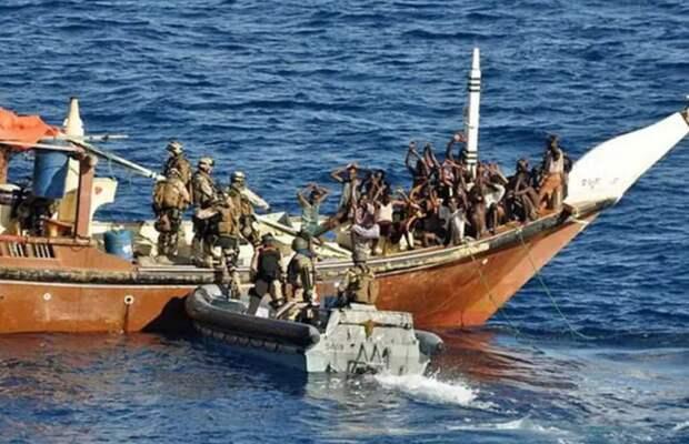 Кто «крышевал» пиратов Сомали и куда теперь делась «крыша»?