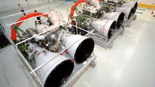 Мураховский объяснил, смогут ли США оперативно заменить двигатели РД-180