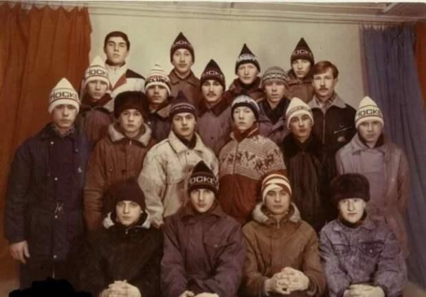 Кирзовые сапоги, Адидас и шапки-петушки: молодежная мода СССР 80-х глазами очевидца