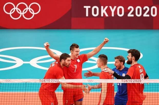 Российские волейболисты вышли в финал на ОИ-2020 в Токио