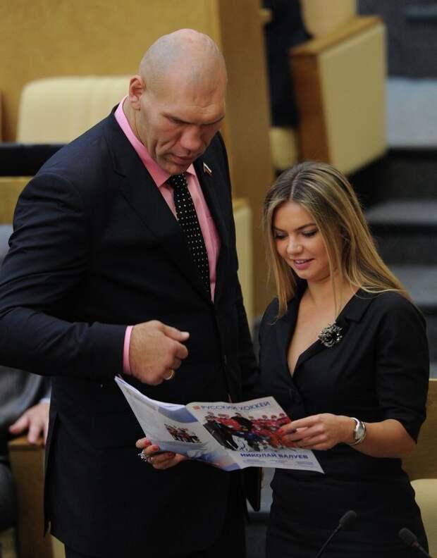 Алина Кабаева и Николай Валуев в Госудме фото