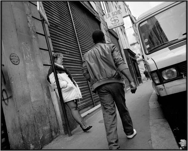 Труженицы секс-индустрии с улицы Сен-Дени. Фотограф Массимо Сормонта 47