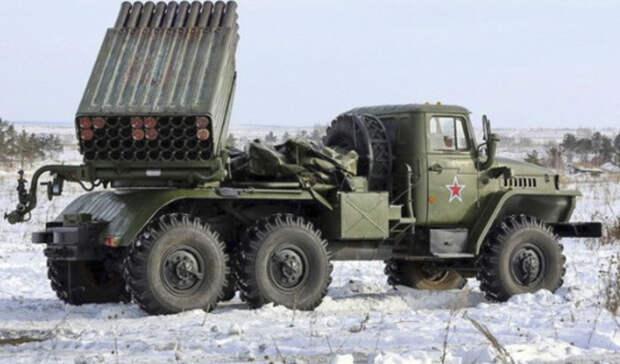 Военные стянули вРостовскую область мощные артиллерийские системы залпового огня