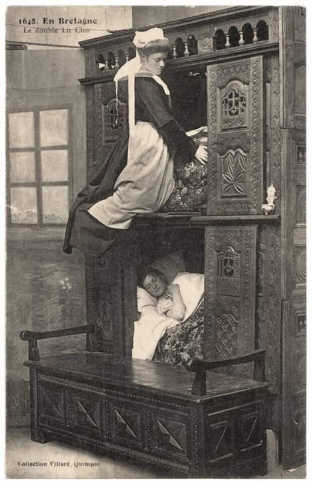 Сон влетнюю ночь… вшкафу. Почему вСредние века европейцы спали вкомодах иящиках