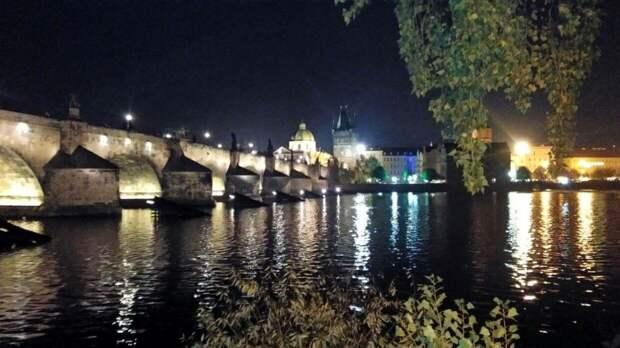 Российский посол явился в МИД Чехии на переговоры