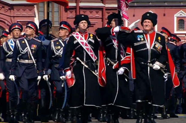 Форму для военных, которые участвовали в Параде Победы, сшили на Кубани