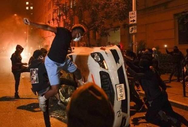 Генпрокурор США требует жёсткого наказания протестующих