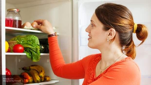 Эксперты рассказали, какие продукты нельзя хранить в холодильнике