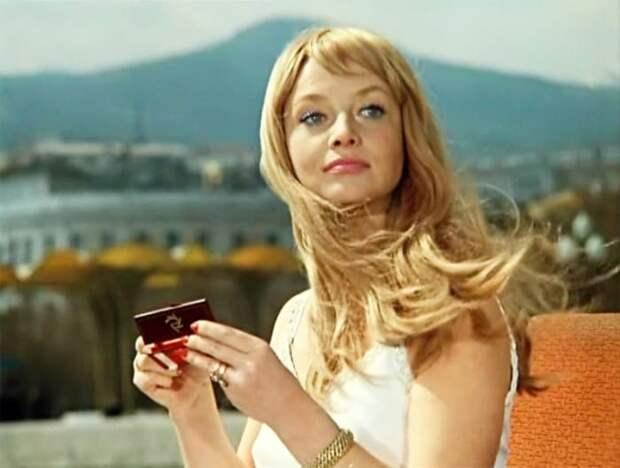Почему Наталья Кустинская считала свою красоту проклятием