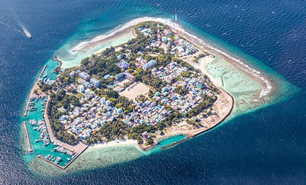Женщина отправилась на Мальдивы дикарем и показала цены в городе для обычных мальдивцев