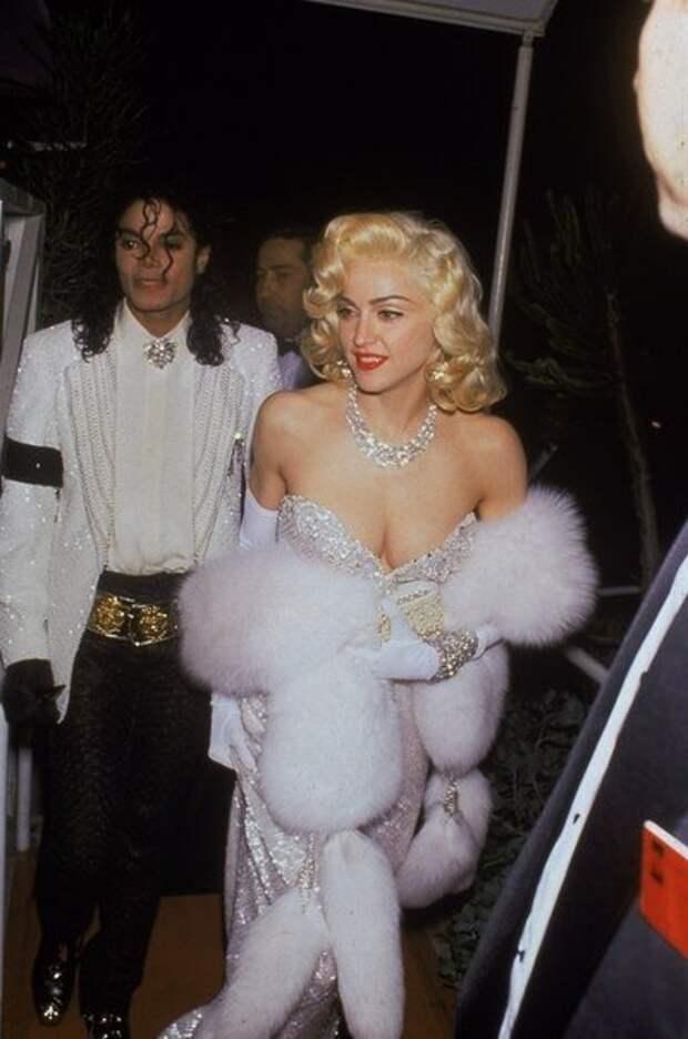 24 архивных снимка знаменитостей, сделанных в шальные 90-е