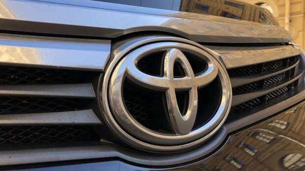 Свыше половины американцев мечтают о несуществующем электромобиле Toyota